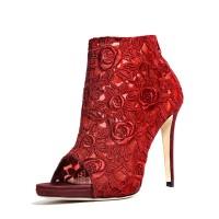 Sarafina Red a