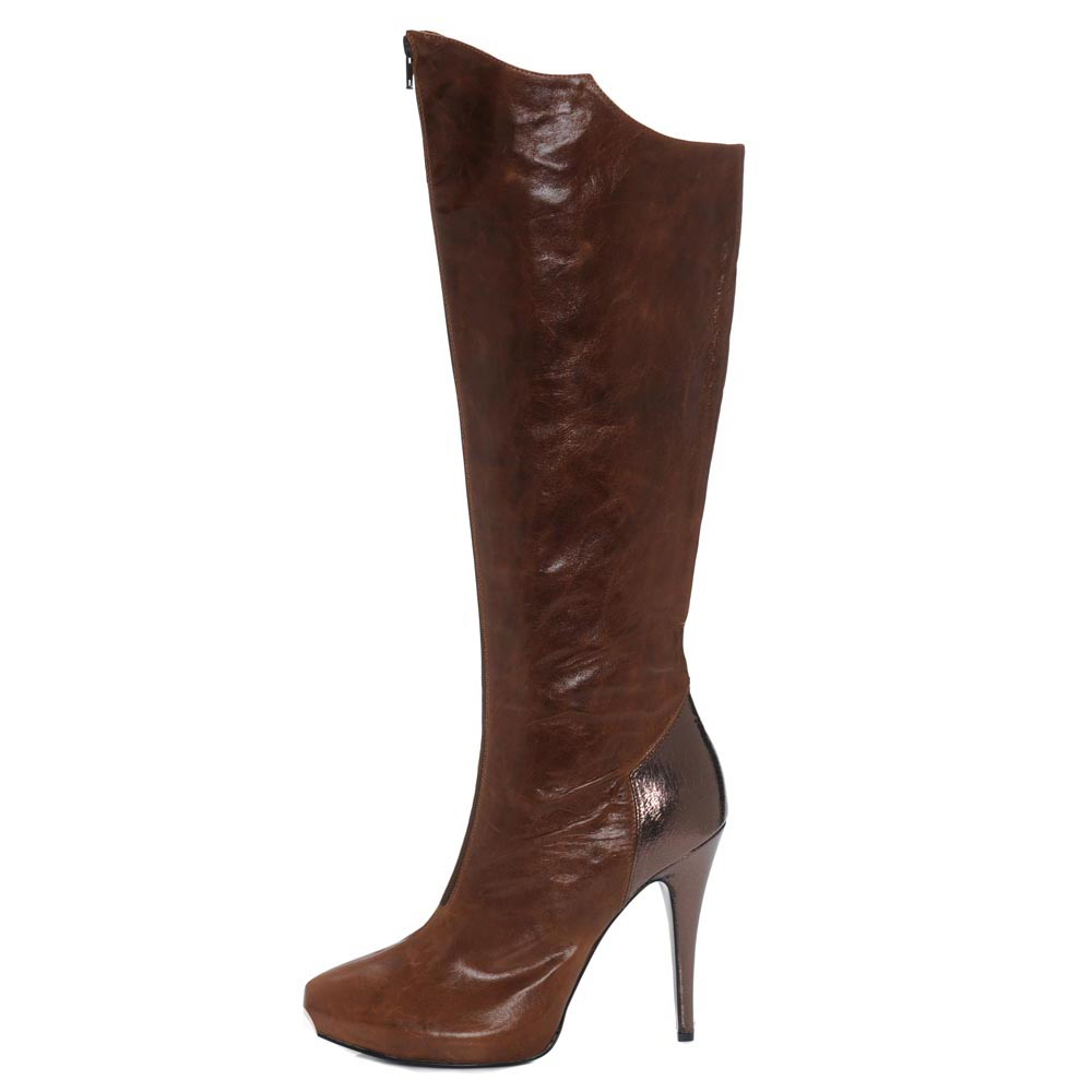 Valeri Burnt Brown. Nappa leather knee boot with centre front zip and contrast metallic heel. Incredibly versatile yet an edge of subtle personality.